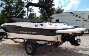 2012 Bayliner 195 BR 22foot seats 9