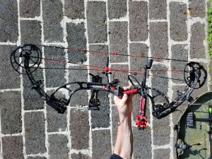 2016 Premonition HD Compound Bow - Complete!